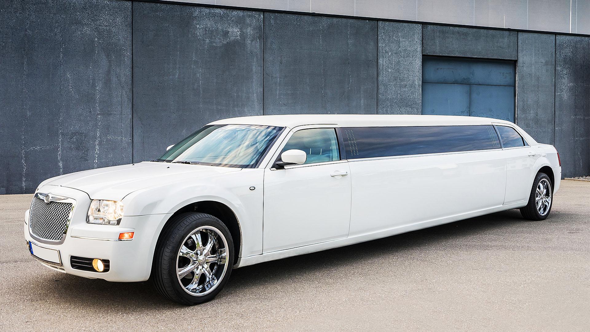 Lux-Limos Chrysler Stretchlimousine